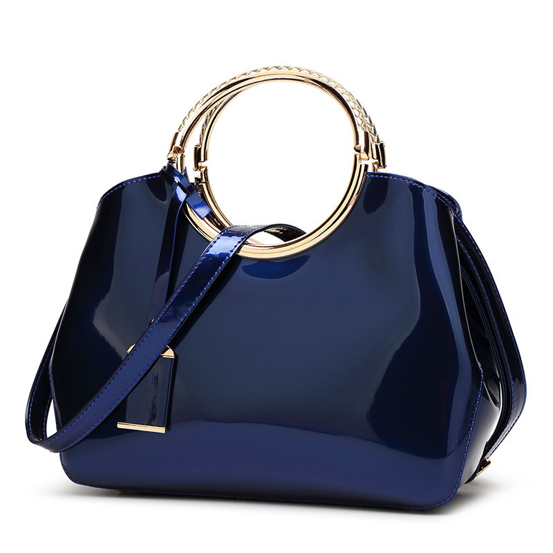 The Circle Bag-Clutch-Leather-HandBag-Crossbody-Leather-Bags-for-Women-Shoulder-bag-leather-with-circle-handle-zipper (17)