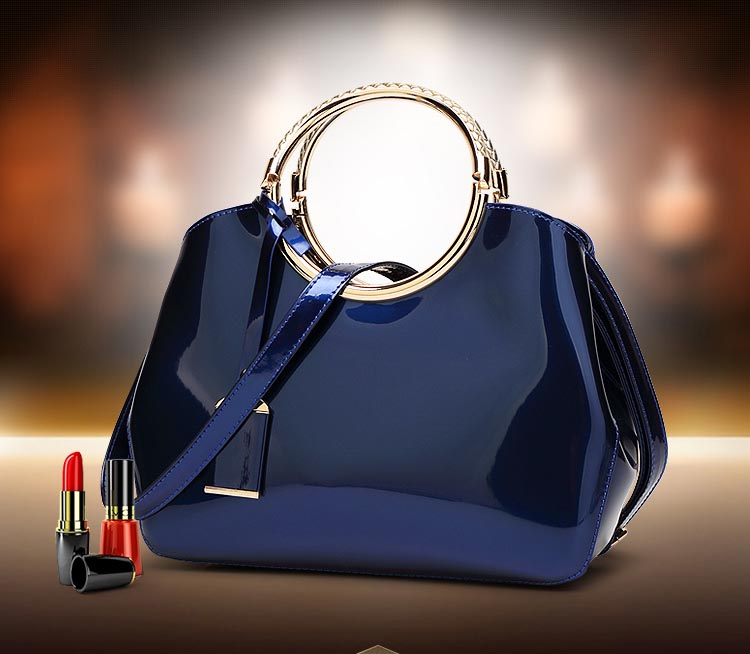 The Circle Bag-Clutch-Leather-HandBag-Crossbody-Leather-Bags-for-Women-Shoulder-bag-leather-with-circle-handle-zipper (3)