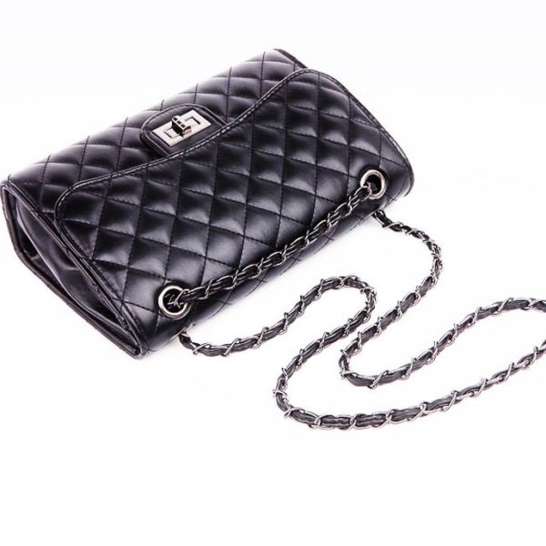 the-symmetrical-leather-crossbody-bag-quilted-Womens-Crossbody-Bags-cute-shoulder-bags-for-girls-(5)