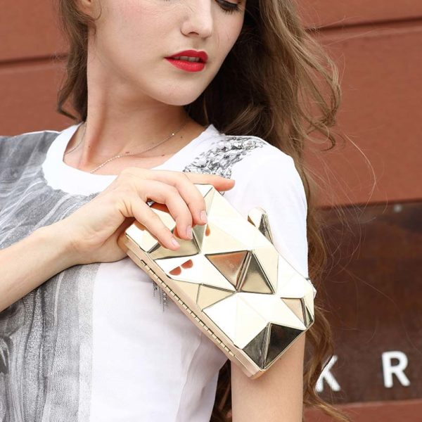 clutch-metallic-purse-bag-3d-metal-clutches-long-chain-womens-bags-for-weddings--(6).-2-2jpg